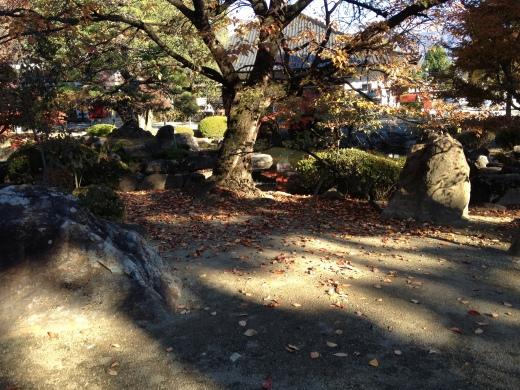 Shrine garden